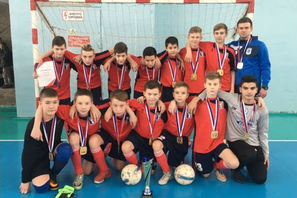 Норильские школьники победили на первенстве края по мини-футболу