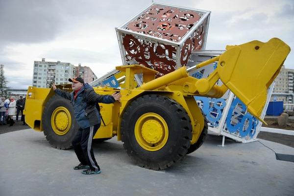 Новый сквер торжественно открыли в Норильске
