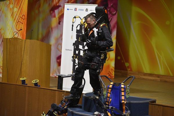 Первая в России конференция по применению промышленных экзоскелетов прошла в Норильске