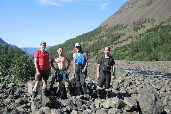 Прошли 250 километров и покорили три вершины
