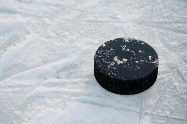 Легенды хоккея провели мастер-класс для юных норильских спортсменов