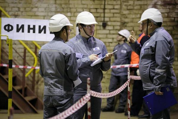 """Лучшего машиниста крана среди работников """"Норникеля"""" определили в Норильске"""