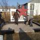 В Хантайском благоустроили территорию памятника участникам ВОВ