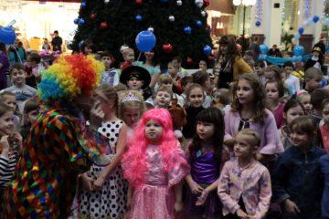 """Детские новогодние представления в норильском СРК """"Арена"""" проходят с аншлагом каждый вечер"""