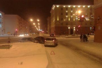 """Норильчанин пострадал в аварии с участием двух """"Рено"""" и """"Тойоты"""""""
