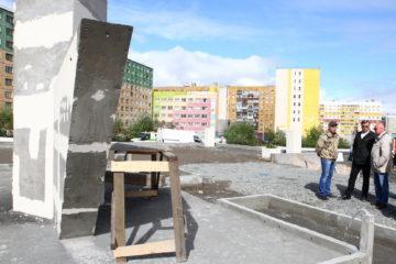 Пешеходную зону Центральной площади Кайеркана выложат тротуарной плиткой