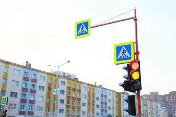 Качество новых светофоров вызывает сомнения у властей и жителей Норильска