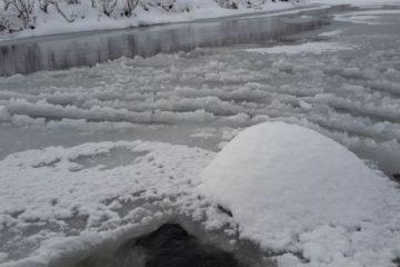 Спасатели предупреждают жителей Таймыра об опасности во время ледостава