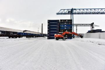 Кольская ГМК модернизирует контейнерную площадку в Мончегорске