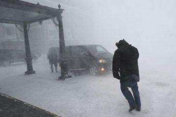 Штормовое предупреждение действует в Норильске третьи сутки