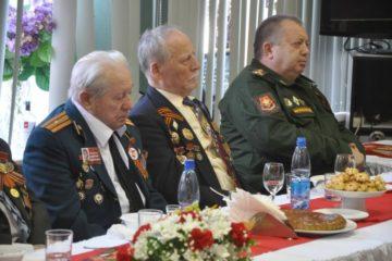 Ветераны Норильска продегустировали солдатскую кашу