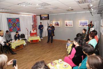 В Дудинке презентовали сборник киргизского поэта