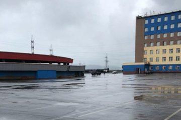 Парковку рядом с НМЗ оперативно привели в порядок