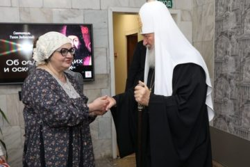 """Святейший Патриарх Кирилл посетил православный социальный центр """"Лествица"""" в Талнахе"""