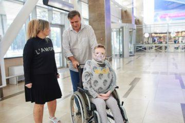 Фильм о путешествии неизлечимо больного дудинца Влада Карасева в Диснейленд покажут в красноярском кинотеатре