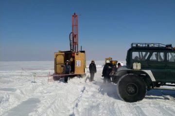 На острове Грибановский на Енисее ведется разведка новых месторождений песка