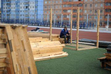На стадионе «Заполярник» началась подготовка к гастрономическому фестивалю «Север»