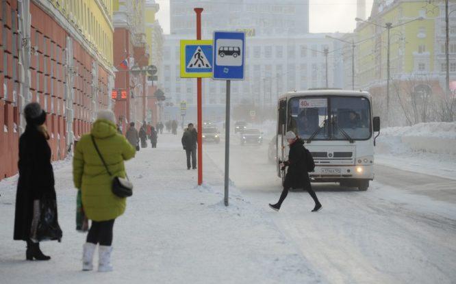 В Норильске поставят три теплые остановки