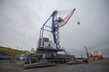 Новый мобильный кран Liebherr вскоре начнет работать в порту Дудинки