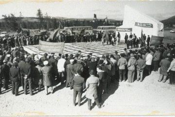 В Норильске отреставрировали памятник первым геологам, строителям и горнякам