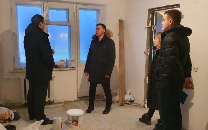 В квартирах для детей-сирот полным ходом идут ремонты