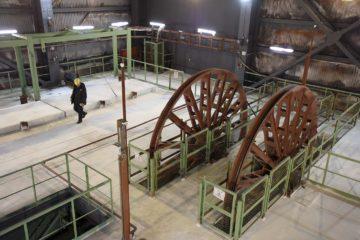 На руднике «Скалистый» заменили копровые шкивы подъемной машины на ВСС-1