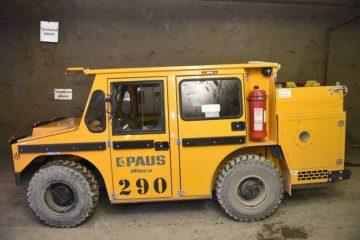 Горные мастера рудника «Таймырский» под землей ездят на немецком джипе