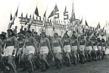 В 1942 году в Норильске впервые массово отметили День физкультурника