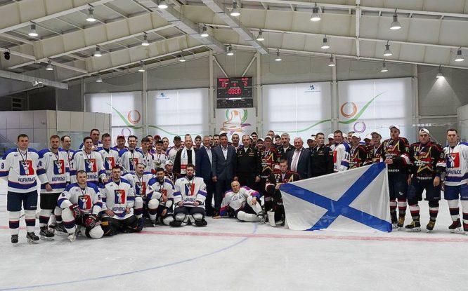 В Дудинке разыграли Кубок северных городов по хоккею