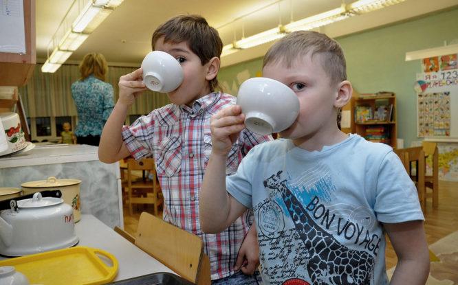 Норильчане могут платить за детский сад на почте