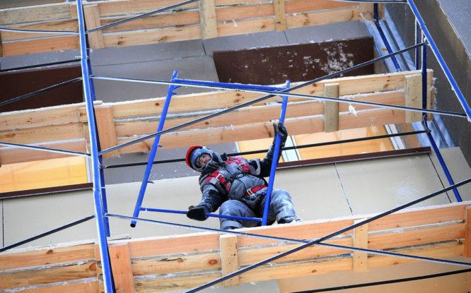 Фасады Надеждинского металлургического завода обновят