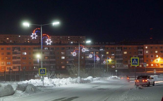 В Дудинке зажгли новогоднюю иллюминацию