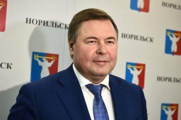 Поздравление Дмитрия Свиридова с наступающим Новым годом
