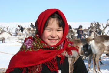 Учеба в тундре: в России хотят поддержать кочевые школы