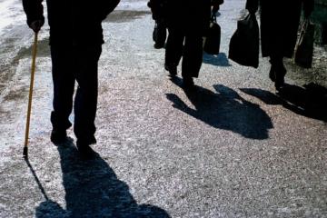 Работающие пенсионеры останутся на больничном до 14 января