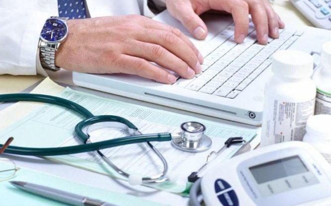 Жители края старше 65 лет могут продлить оплачиваемый больничный