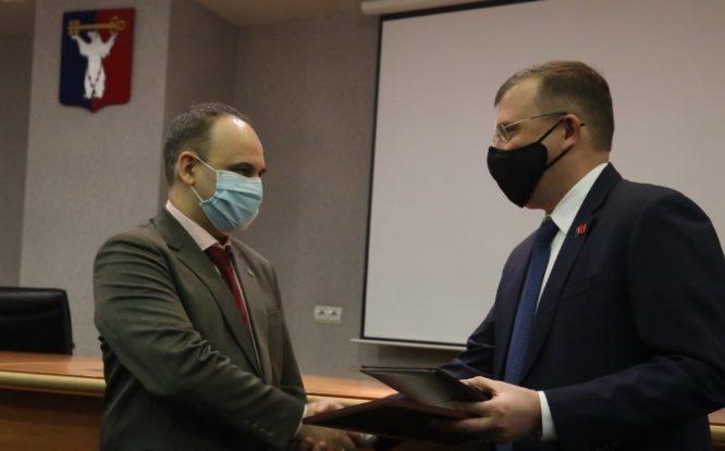 Ректора НГИИ Дмитрия Дуброва отметили министерской наградой