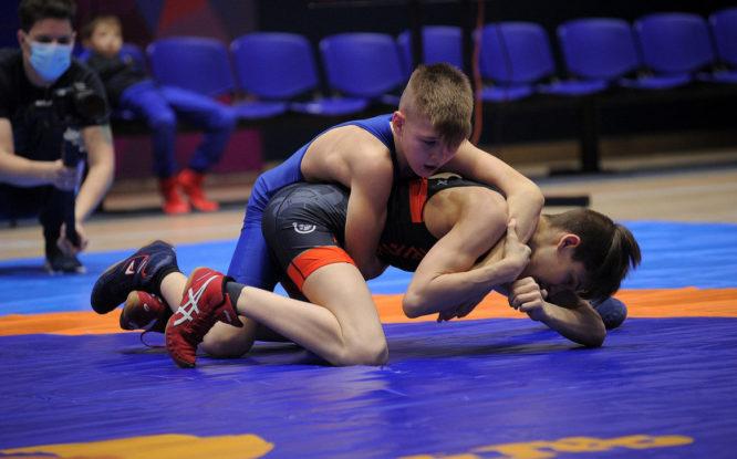 В Норильске прошел региональный турнир по греко-римской борьбе