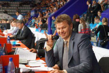 Комментатор Дмитрий Губерниев проведет матч легенд хоккея в Норильске