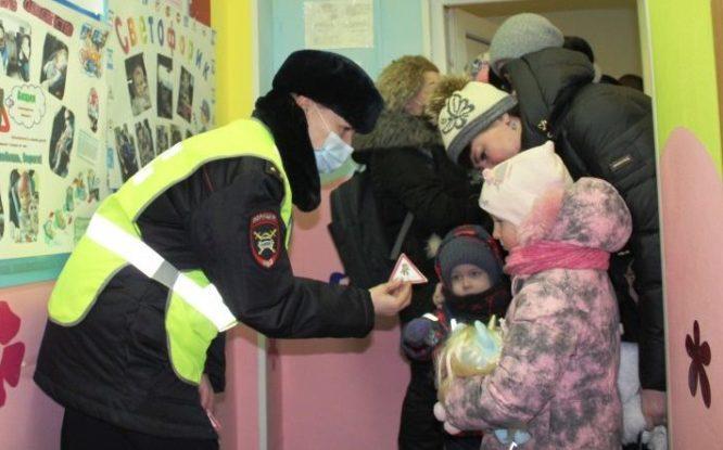 В Норильске прошла акция «Ребенок – главный пассажир»
