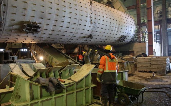 На «Скалистом» завершают ремонт сырьевой мельницы