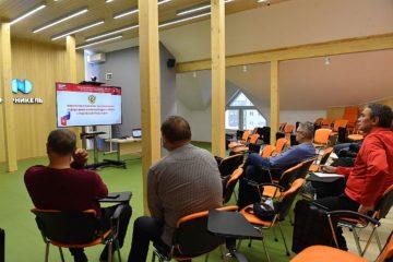 В Норильске хоккейные тренеры и судьи пройдут обучение онлайн