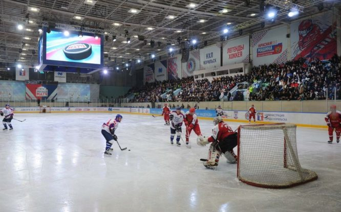 В апреле в Норильске снова сыграют легенды хоккея
