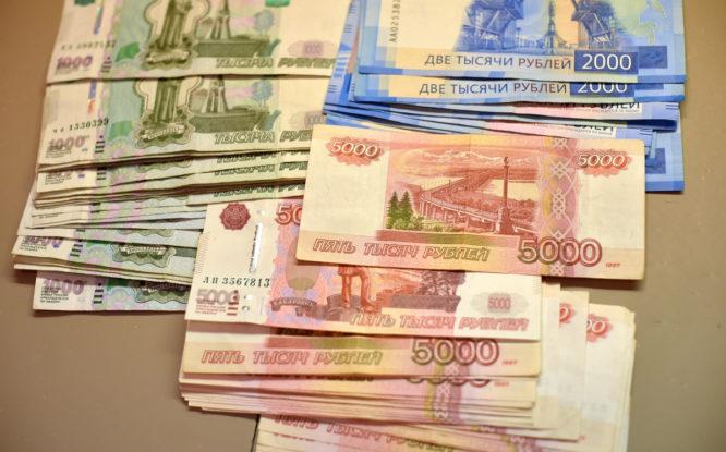 Норильчанин предстанет перед судом за мошенничество и кражу