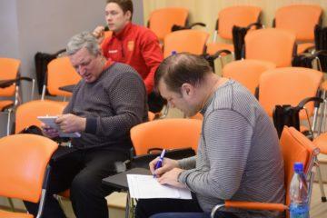 Специалисты ФХР поделились с норильскими тренерами и судьями секретами игры