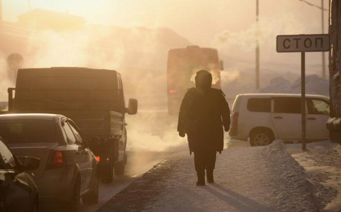 Пенсии в Красноярском крае выросли в рублях, но уменьшились в долларах