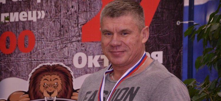 Норильский пауэрлифтер стал чемпионом России среди ветеранов