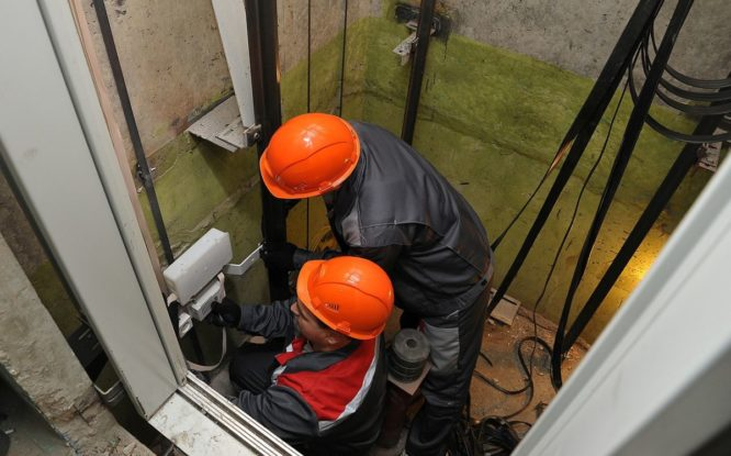 В Норильске в этом году заменят еще 265 лифтов