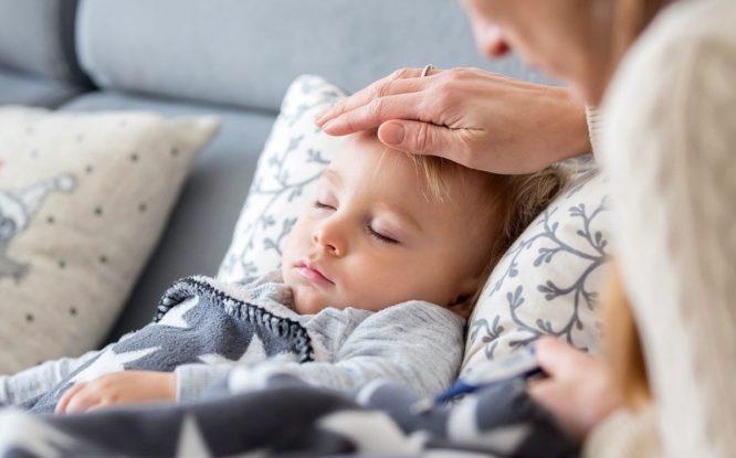 Родители путают аллергию с коронавирусом у детей
