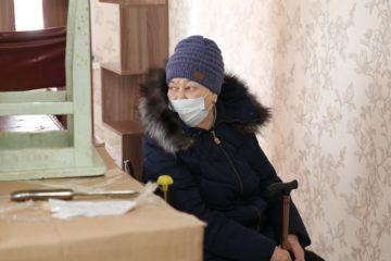 Норильчане помогли пенсионерке отремонтировать сгоревшую квартиру